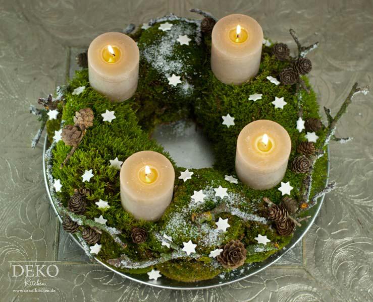 DIY: Adventskranz aus Naturmaterial mit Moos & Zweigen