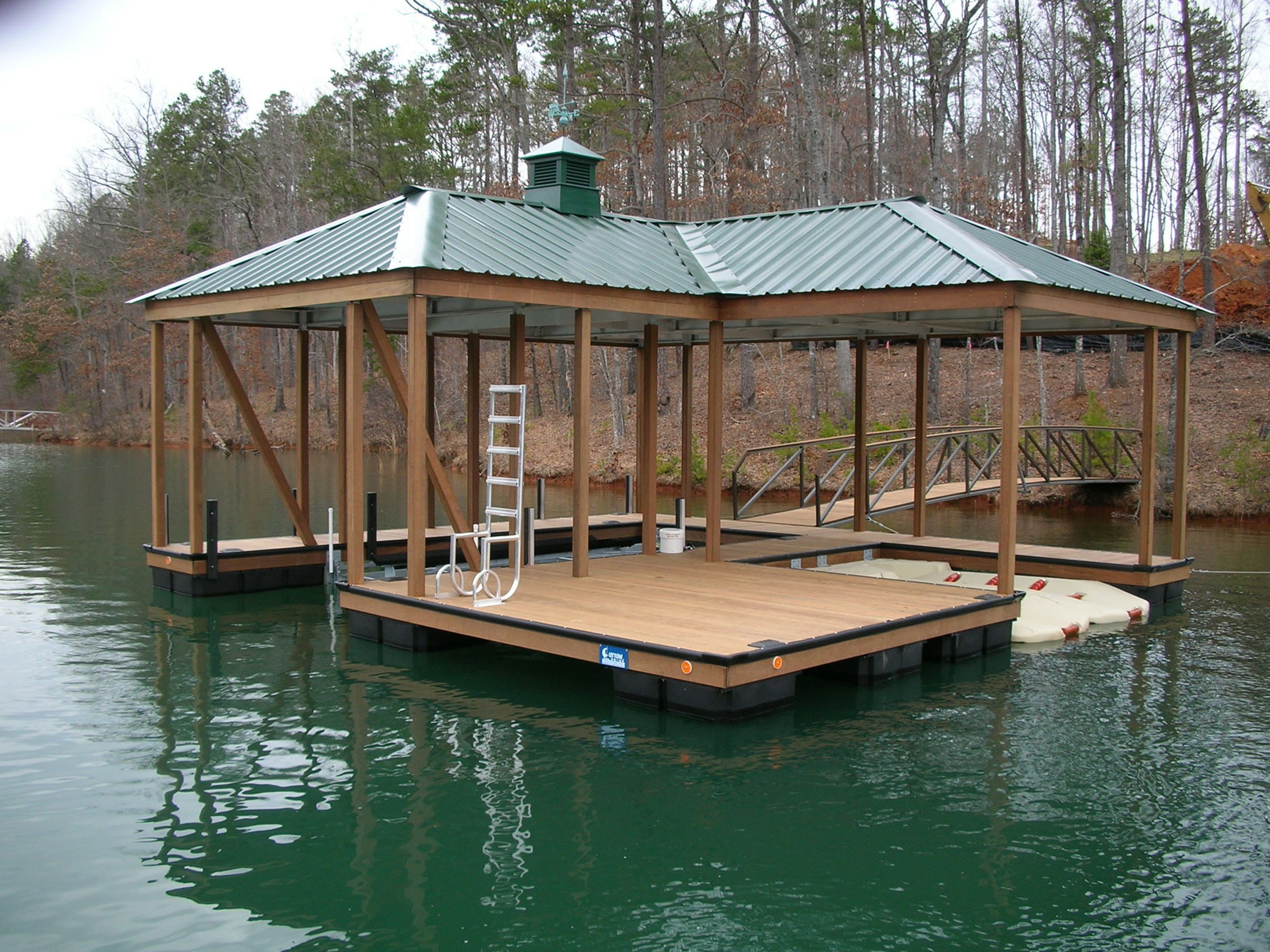 Easy And Cheap River Dock Design For Awesome Lake Home Ideas : 60+ ...