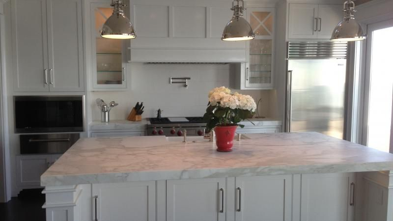 Water Front Classic Mill In Cloverdale White Cabinets Marble