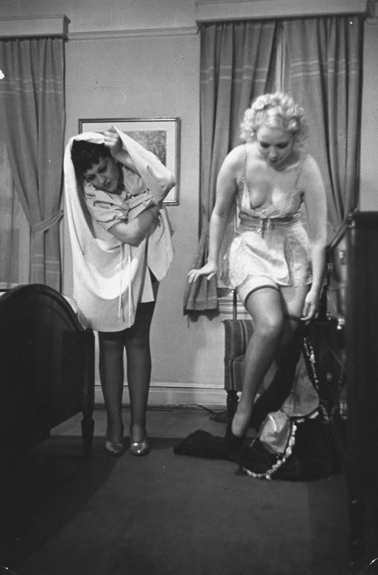 this 1930s wives' guide to undressing will make you happy to live in