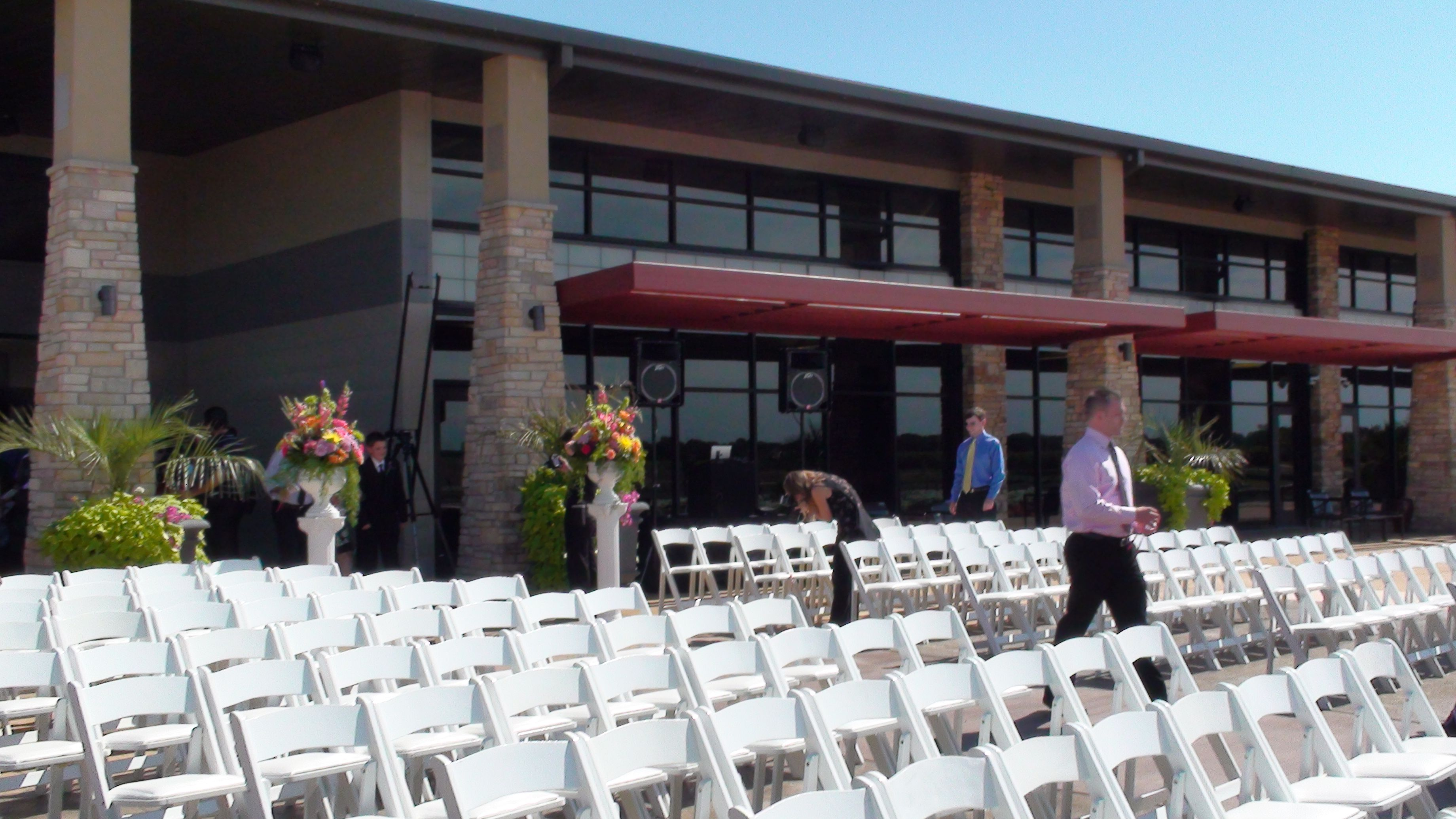 Erins Pavilion Southwind Park In Springfield Illinois On The Patio Ceremony Pinterest