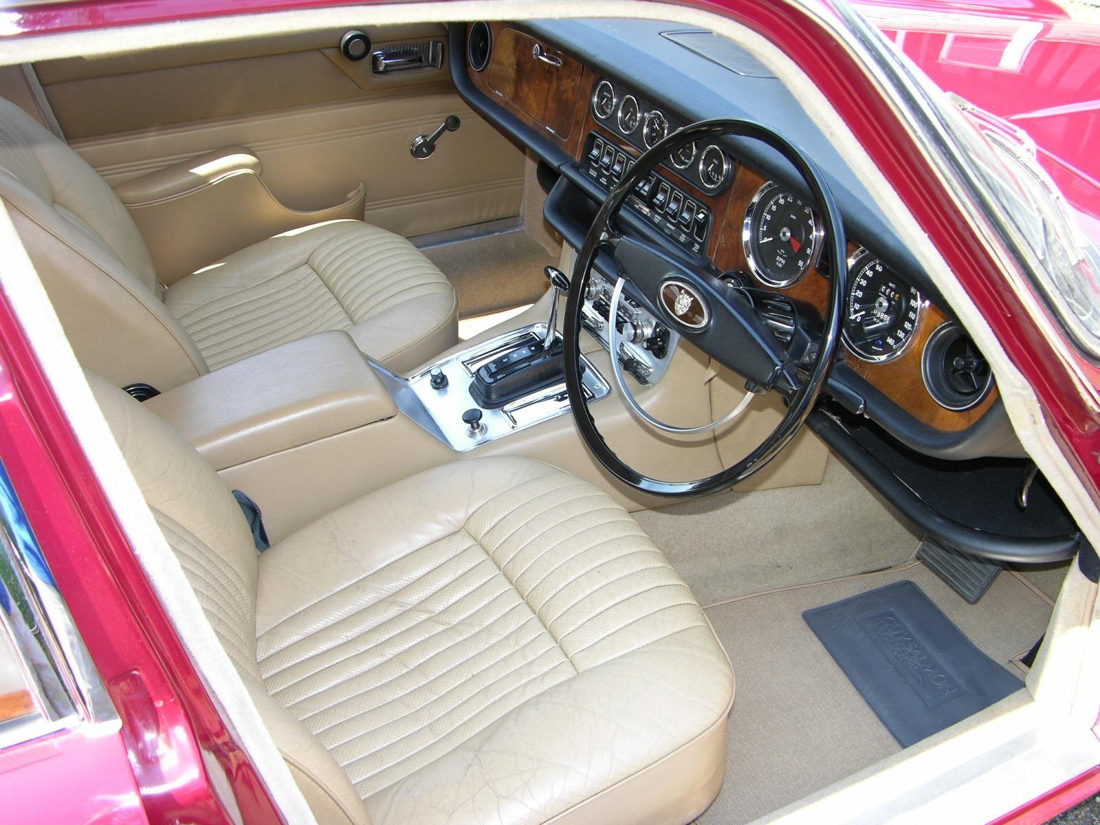 1970 Jaguar XJ6 Interior | Auto Interiors | Pinterest | Jaguar xj, Cars and Car interiors