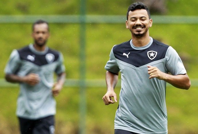 """BotafogoDePrimeira: Lindoso ganha versão """"Botafogo"""" de paródia e quer ..."""