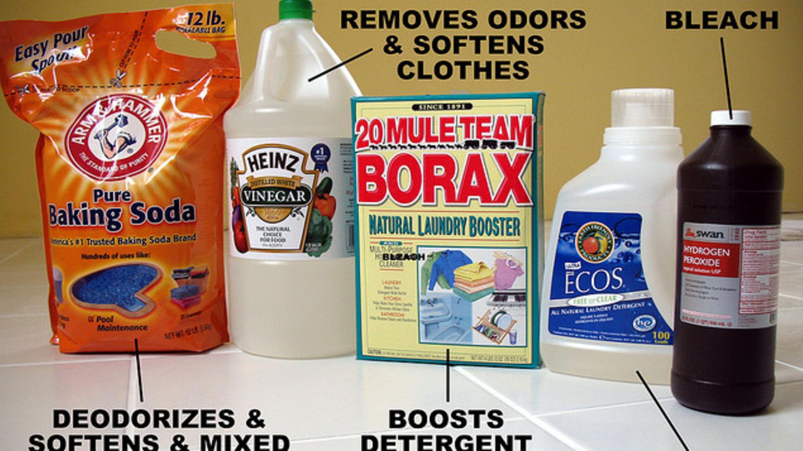 Add Baking Soda Or Vinegar To The Washing Machine To Avoid Allergy