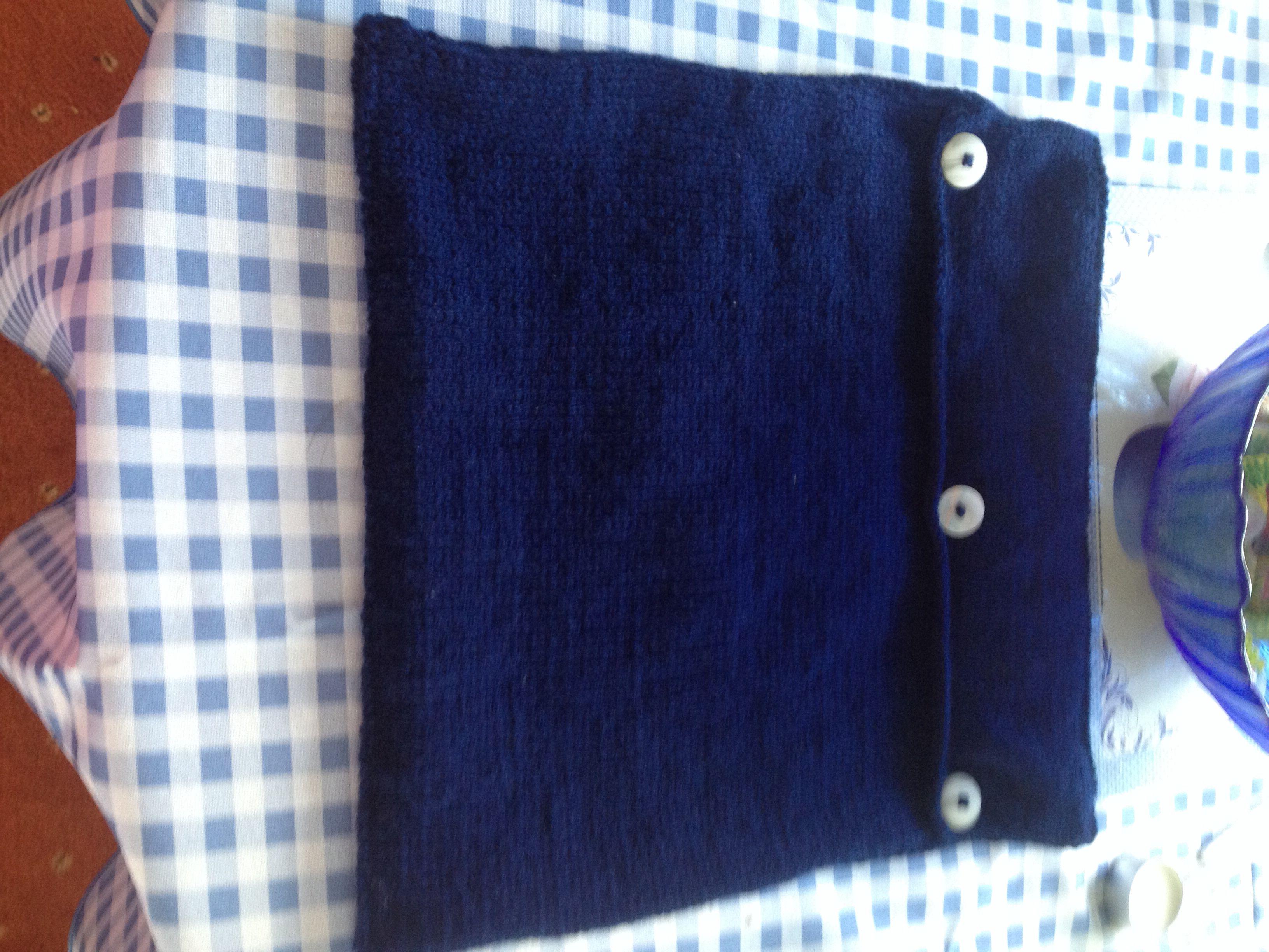 Reverse of navy white heart cushion knitting all my own work reverse of navy white heart cushion bankloansurffo Gallery