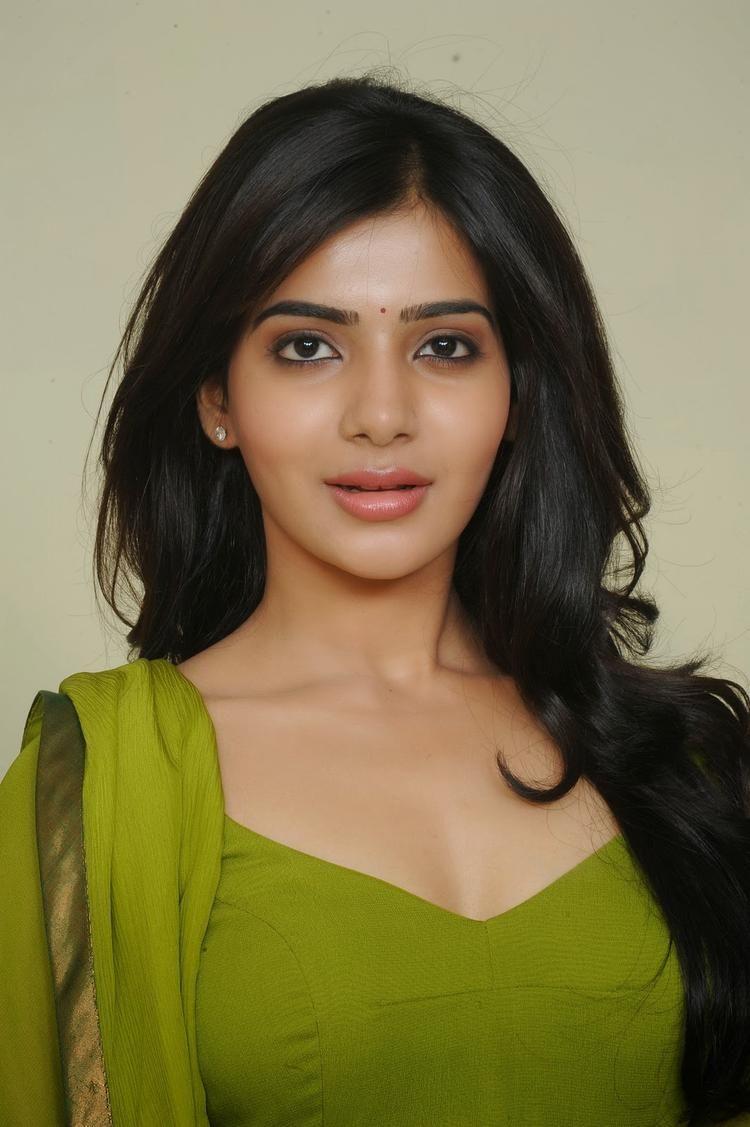 telugu actress samantha in green churidar photo shoot stills