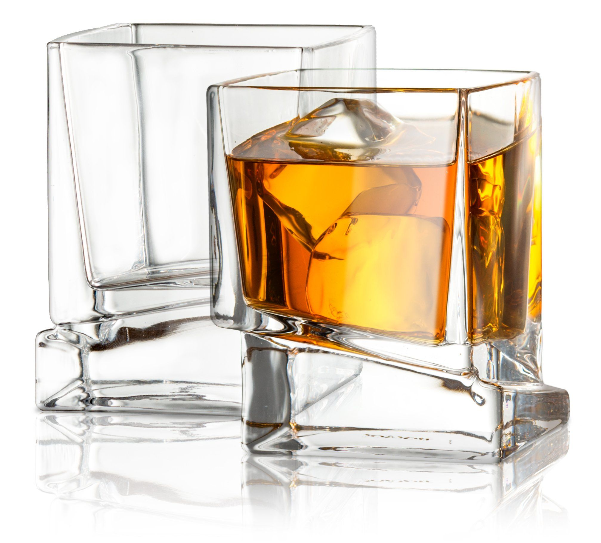 foto A Guide to Whiskey Glasses: 4 Must-haves for Your Bar Cart