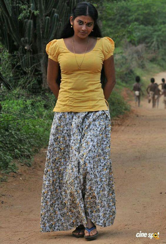 Girls Nud image village