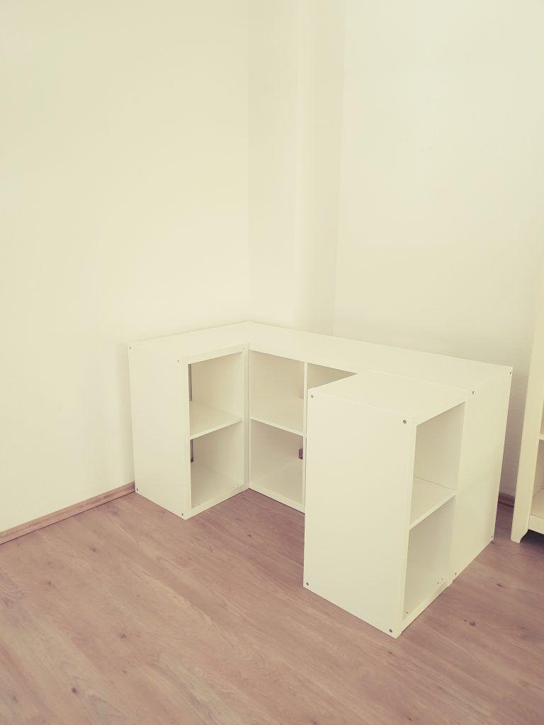 Ein Hochbett Aus Ikea Kallax Regalen Ikea Kallax Regal Kallax Regal Loft Betten