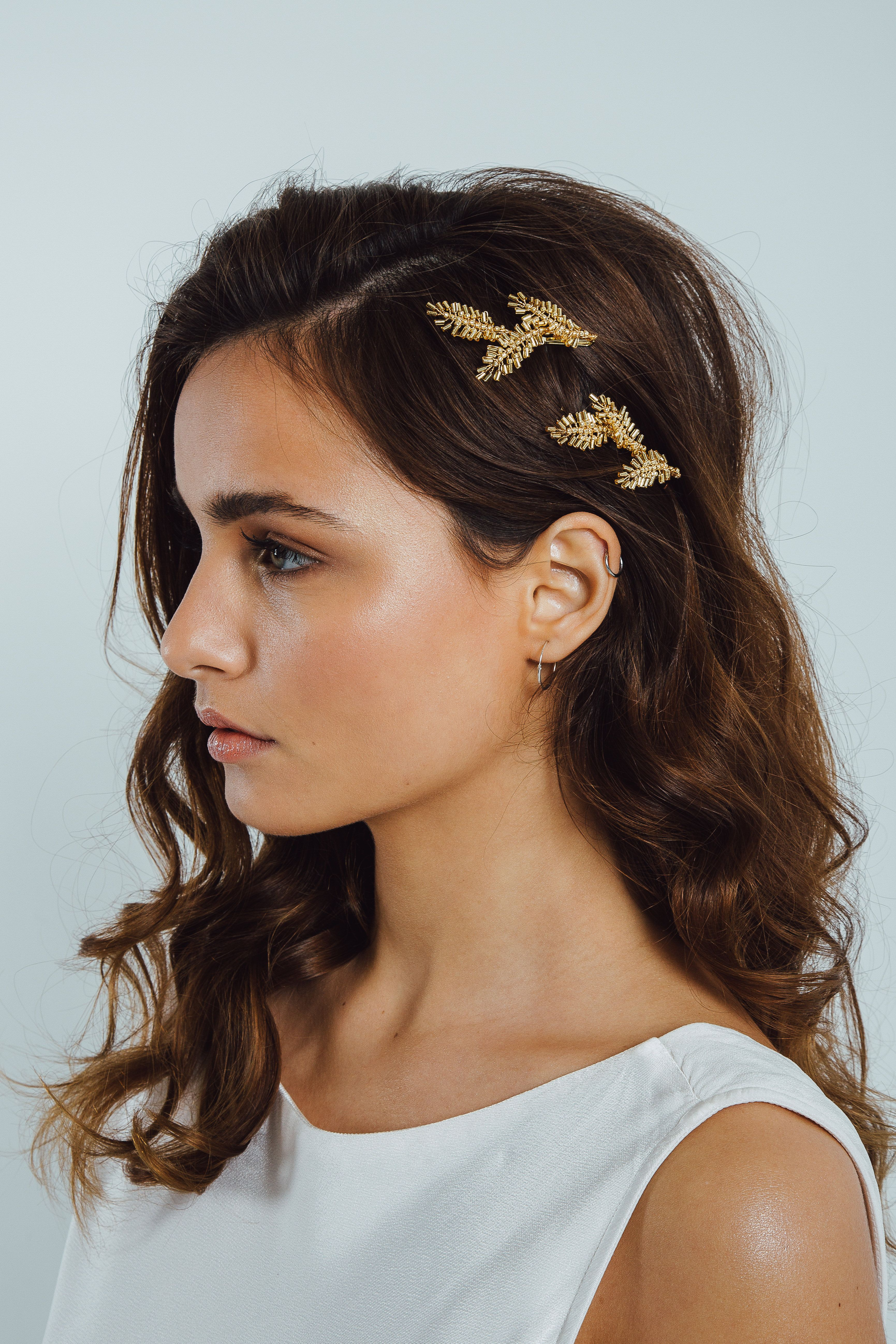 The Thalia Hairpins by Eden b. Studio. Bridal hair accessories, handcrafted with love. Modern bridal accessoires #hairaccessories