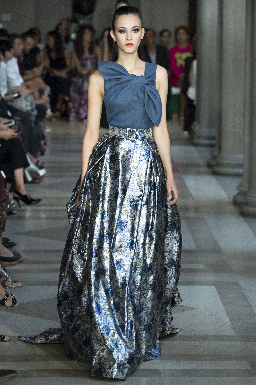 Carolina Herrera Spring 2017 Ready-to-Wear Fashion Show - Greta Varlese