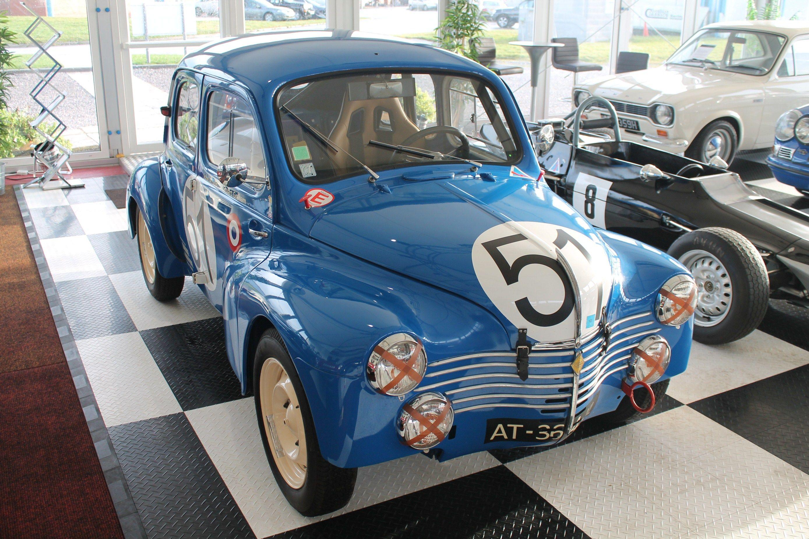 Renault 4cv Renault Voitures Retro Voiture Renault