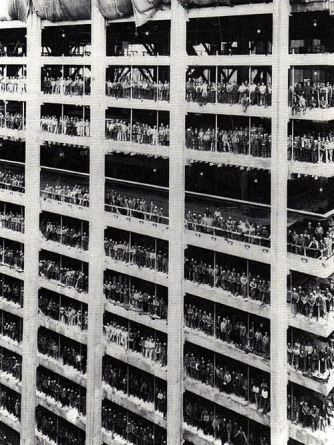 Workers pose during the construction of the building 60-story headquarters of Chase Manhattan Bank in New York in 1959