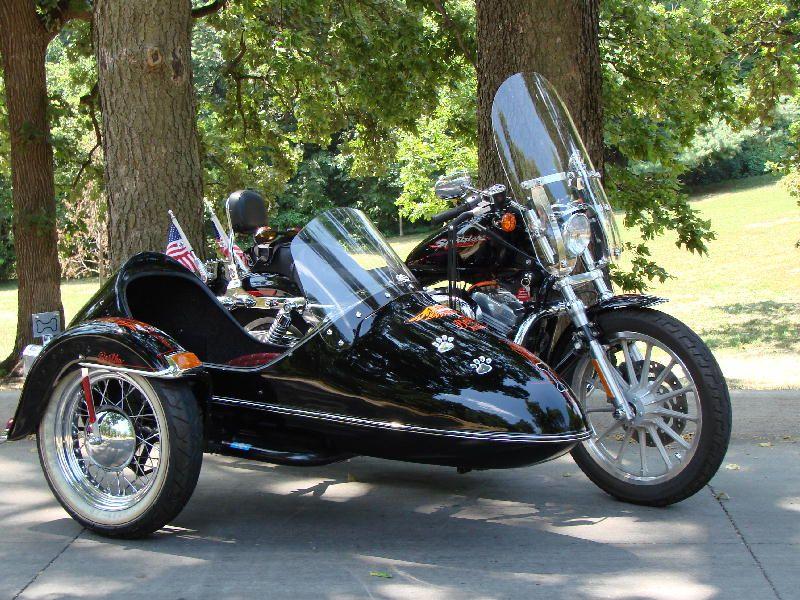 2004 Harley Sportster 883XL with California sidecar !