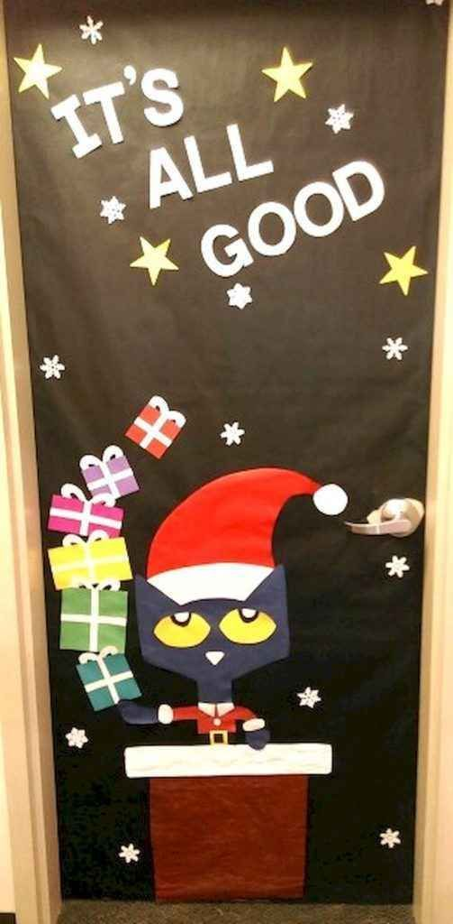 50 Simple DIY Christmas Door Decorations For Home And School (6 #christmasdoordecorationsforschool 50 Simple DIY Christmas Door Decorations For Home And School (6) #christmasdoordecorationsforschool