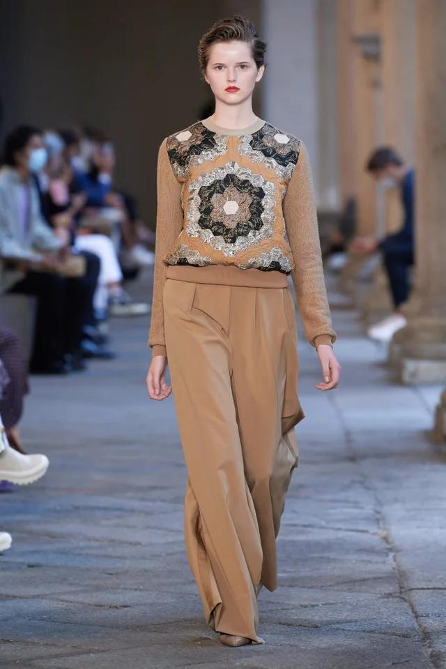Max Mara Frühjahr/Sommer 2021 Ready-to-Wear – Fashion Shows | Vogue Germany