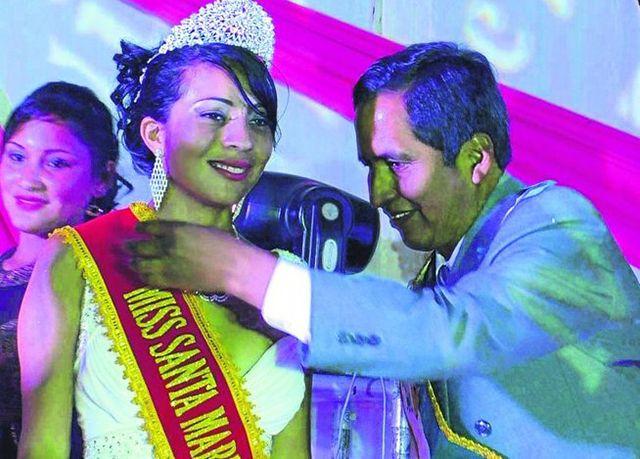 """Carolina Figueroa es la """"""""Miss Santa María del Valle 2015"""""""""""