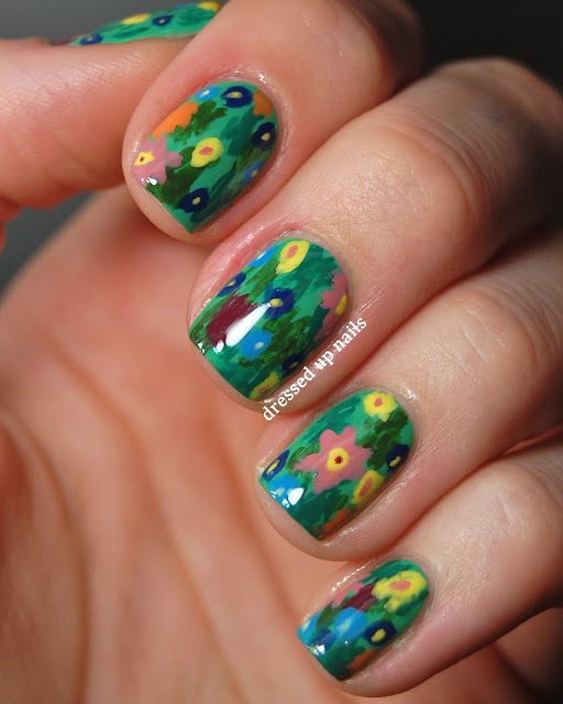 Dressed Up Nails - floral print easy nail art inspired by Gustav Klimts The Kiss