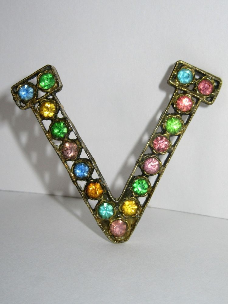 Vintage Rhinestone Victory Pin Vintage & Antique Jewelry