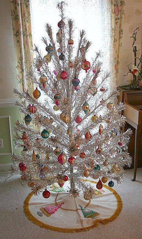 vintage tinsel christmas tree decoration with colorful balls - Vintage Tinsel Christmas Tree