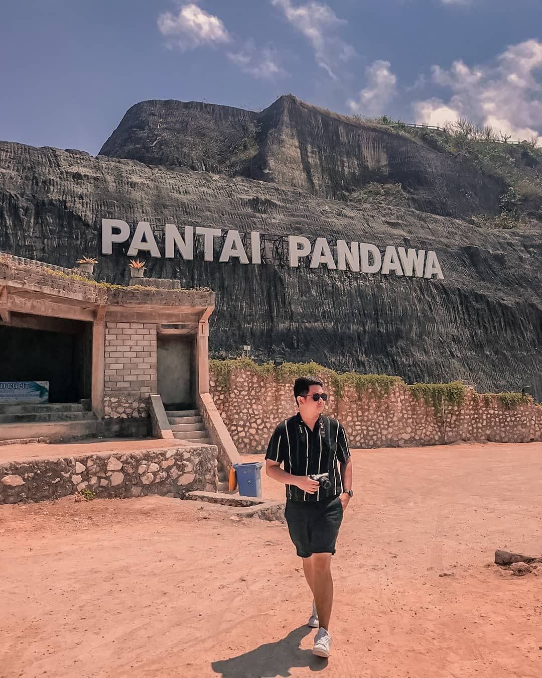 SejarahUnik.Net - Wisata dan Sejarah Pantai Pandawa Bali
