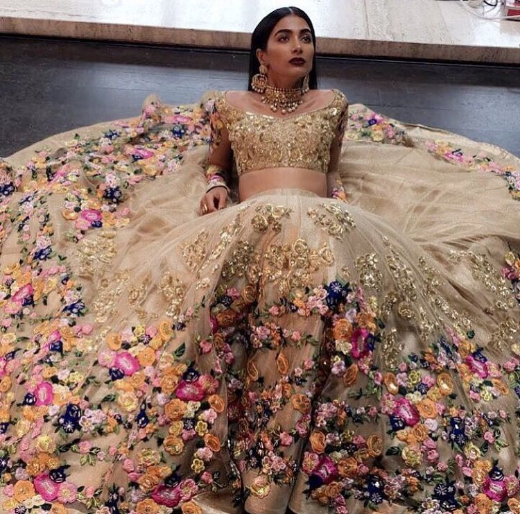 3e266108853 50 Indian Wedding Ideas for Brides and Grooms  party Indian Wedding Dresses  Traditional