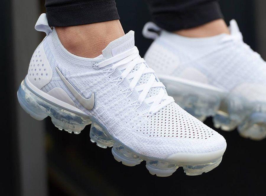 best service 2a4c9 1fc47 Retrouvez notre avis sur la Nike Air Vapormax Flyknit 2.0 White Vast Grey  Football Grey (