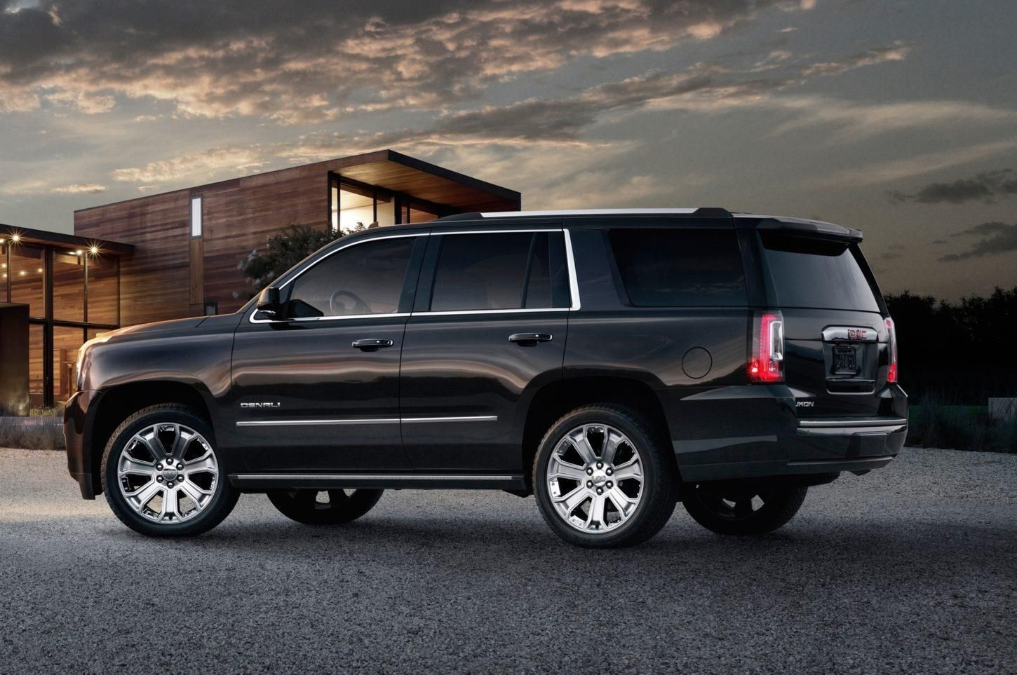 The Chevy Tahoe 2019 Review Chevy Tahoe Gmc Yukon Denali Gmc Yukon