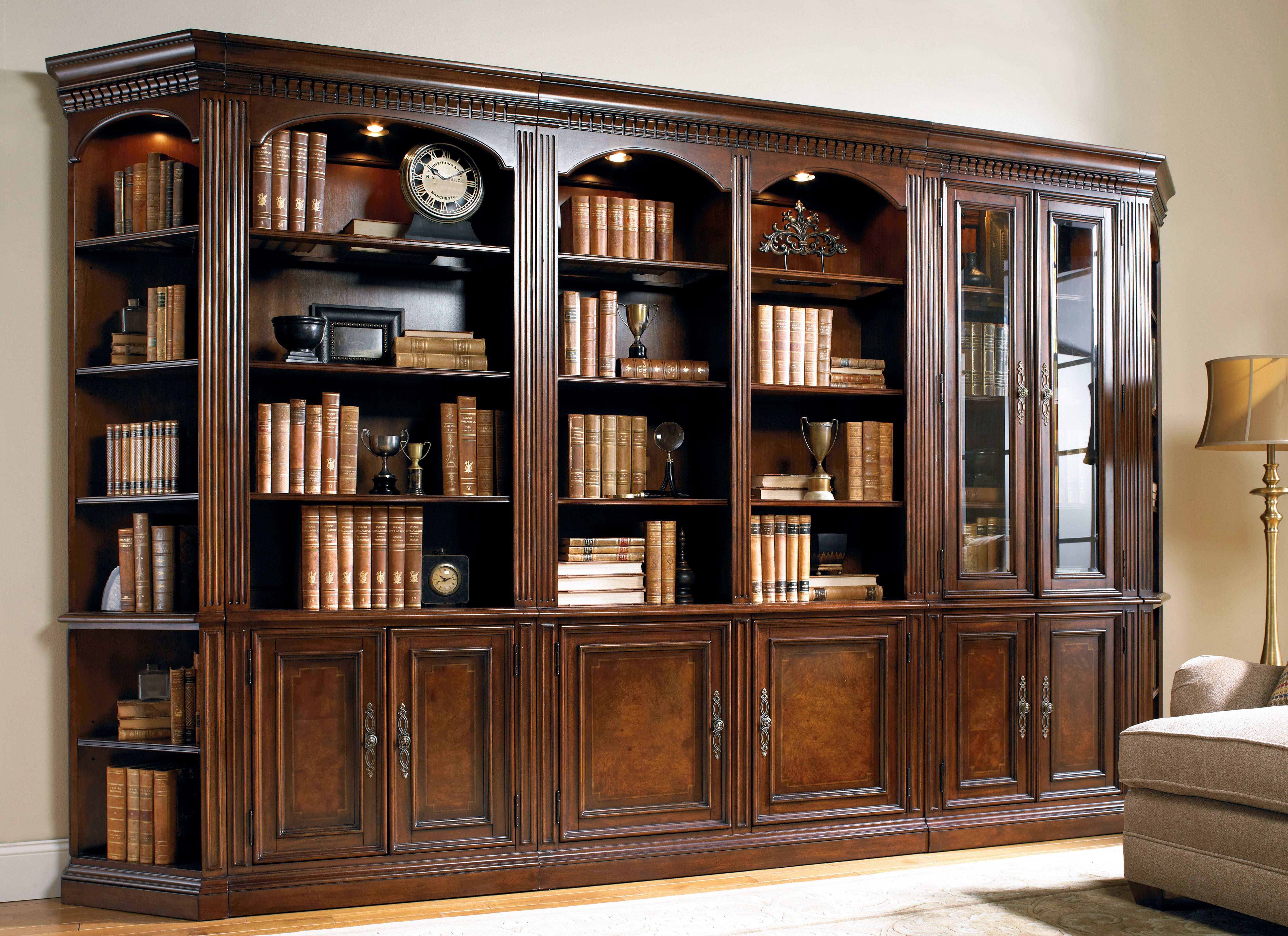Item Hf Old World Walnut Bookcase Library Wall Closeup Bookcase