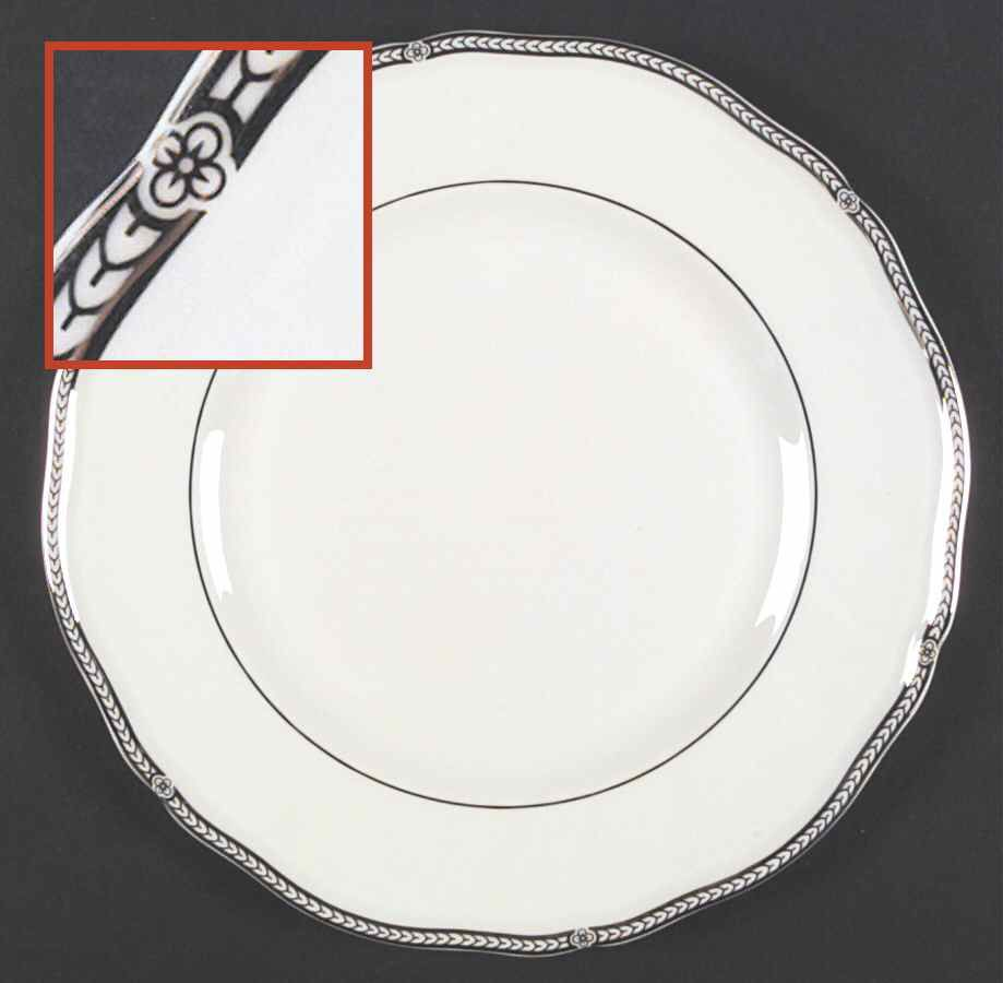 Crown Platinum Made In England Dinner Plate By Wedgwood Wedgwood Plates Dinner Plates