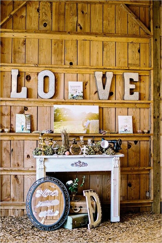 vintage-rustic-barn-wedding-decor.jpg (550×825)