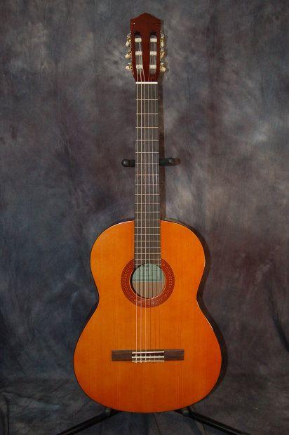 Yamaha C40 Classical Guitar Reverb Classical Guitar Acoustic Guitar Guitar