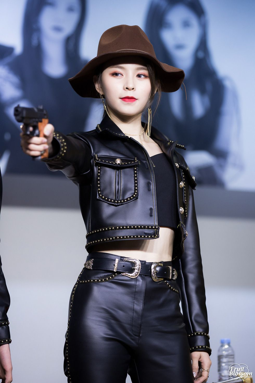 Dedicated To Female Kpop Idols Kpop Outfits Asian Fashion Female