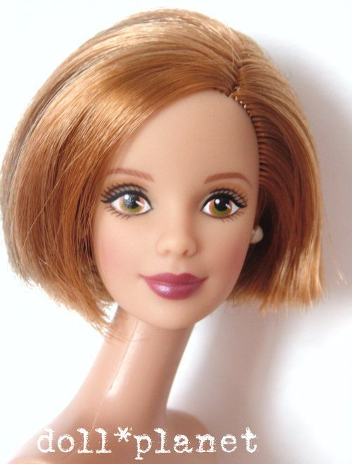 beautiful redhead bob hair mackie