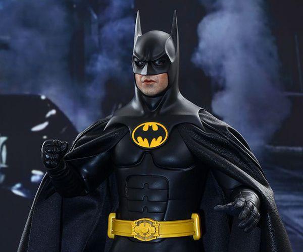 http://mightymega.com/wp-content/uploads/2015/05/batman_returns_action_figures_hot_toys_t.jpg