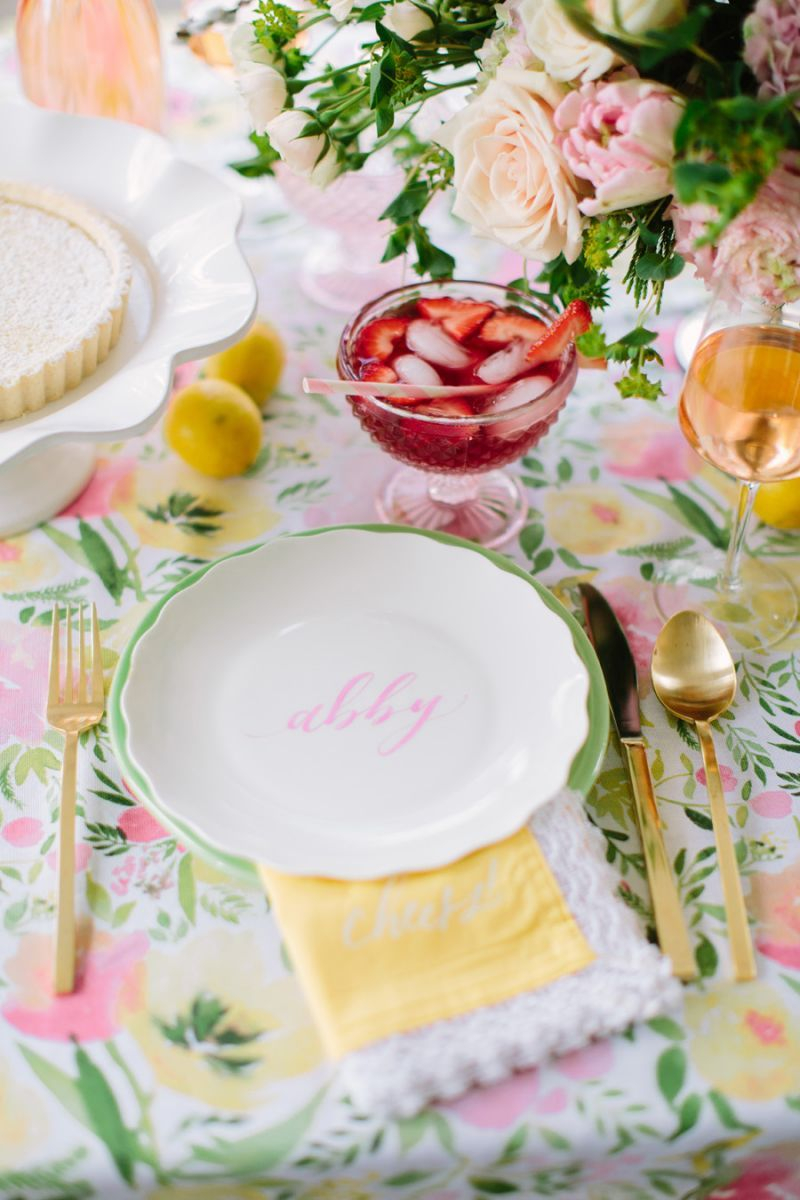 5 tips for throwing the perfect bridal shower the everygirl