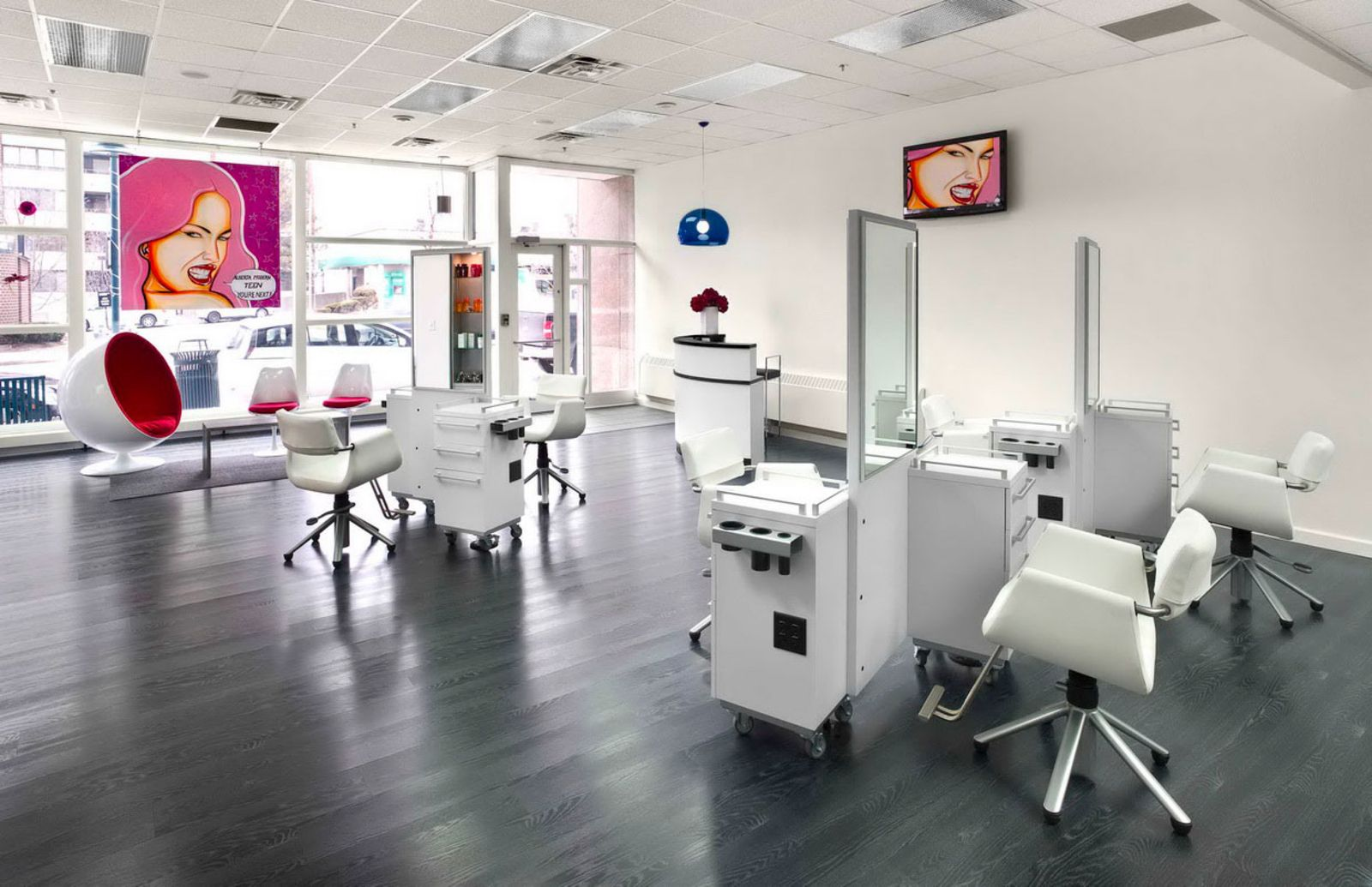 1600x1200 px interior photo large modern hair salons for Photo salon moderne