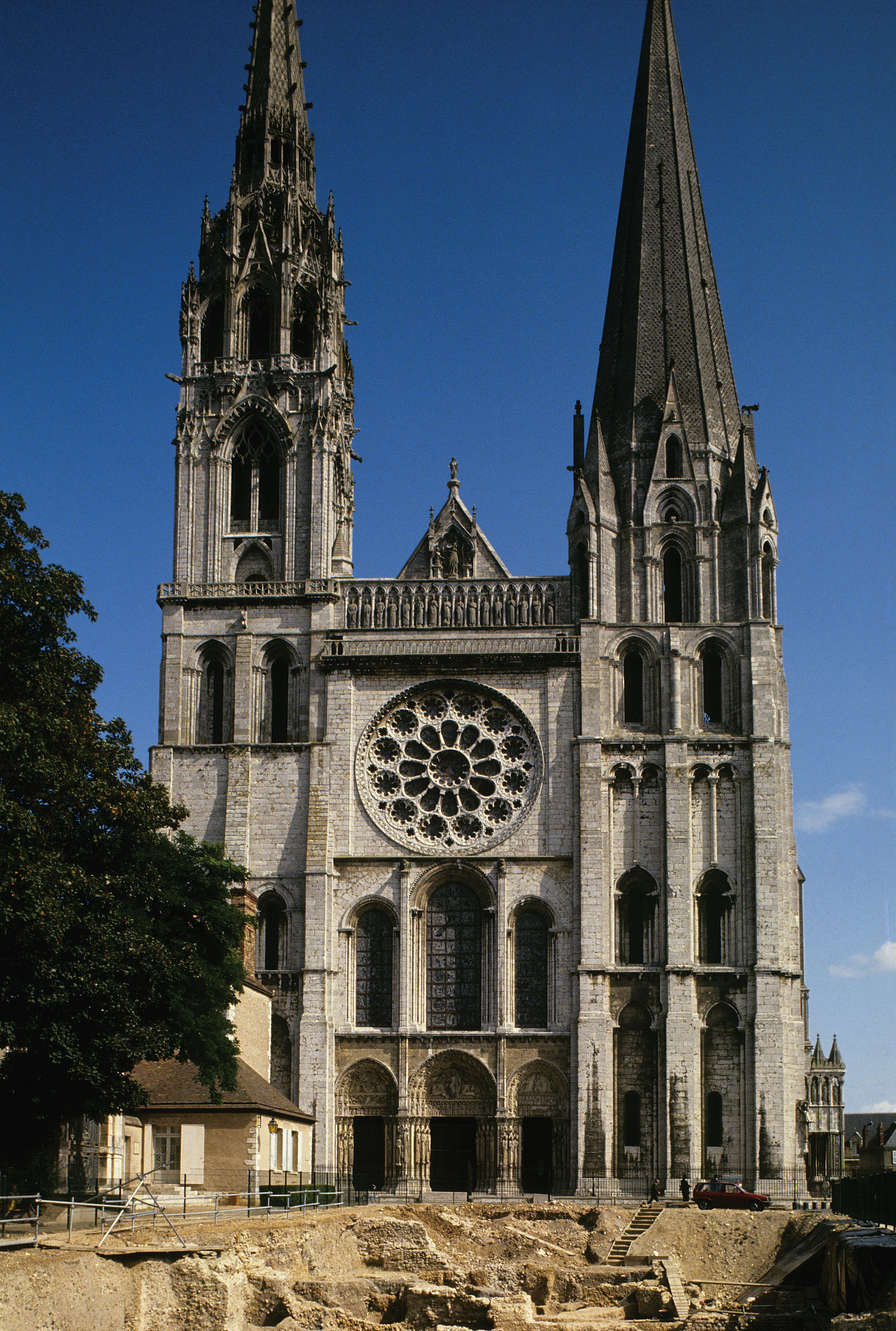 west facade chartres cathedral 1134 1220 located in. Black Bedroom Furniture Sets. Home Design Ideas
