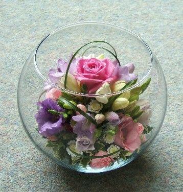 how to make a fish bowl flower arrangement