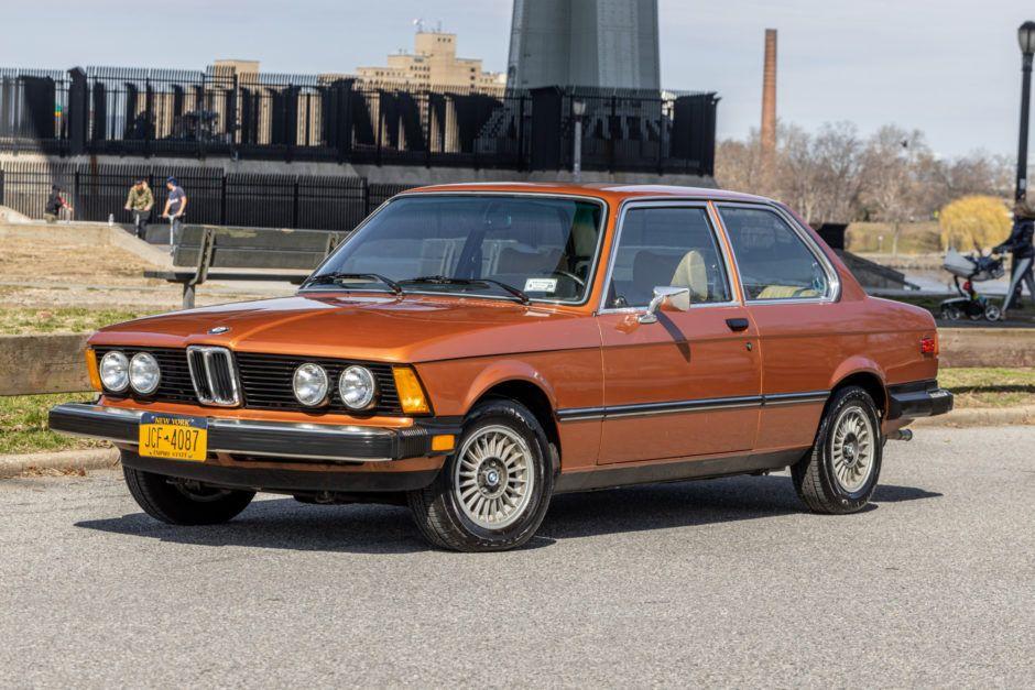 OneFamilyOwned 1979 BMW 320i Bmw, Bmw for sale, Fuel
