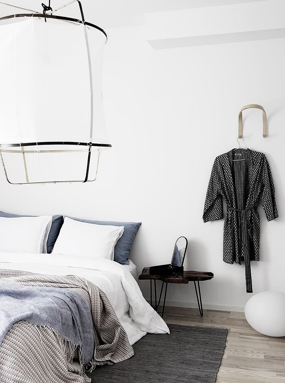 A Serene Nordic Apartment with Earthy Tones