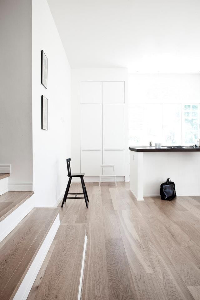 Love The Way The Stairs Start Early And Match The Timber Floor