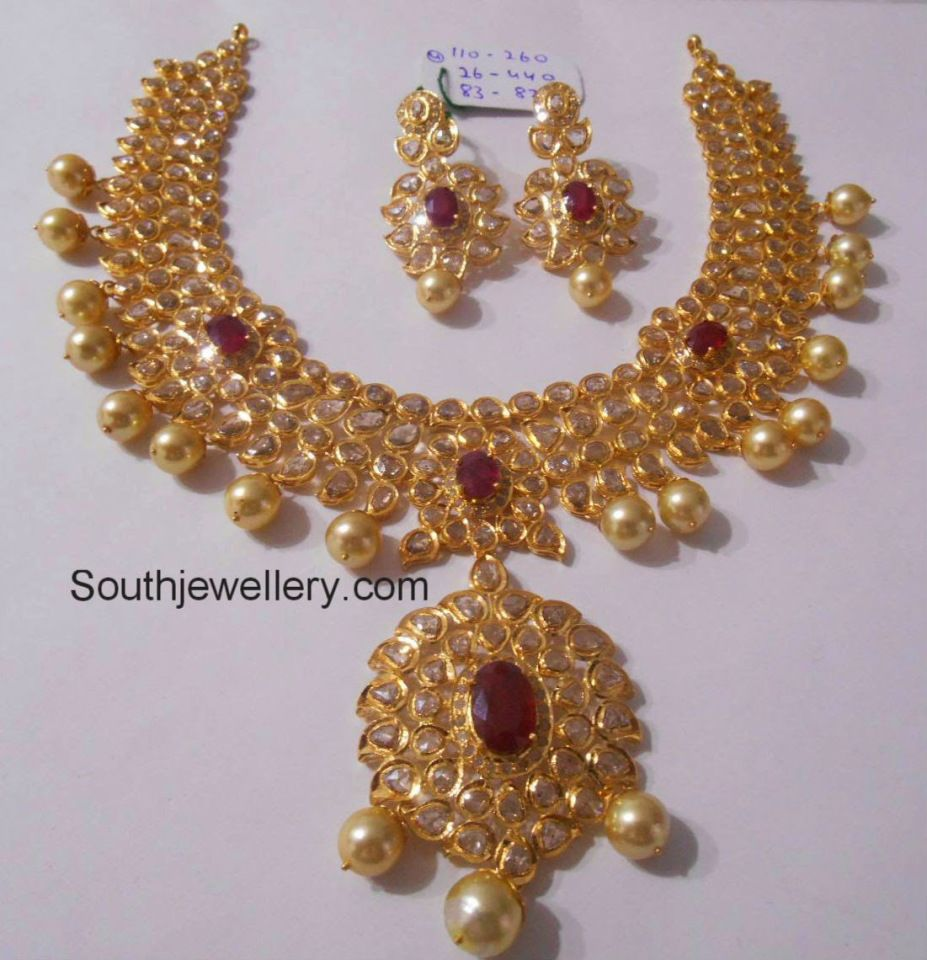 Latest gold necklace designs in grams pachi necklace latest jewellery - Jewellery Designs Polki Necklace With 110 Grams