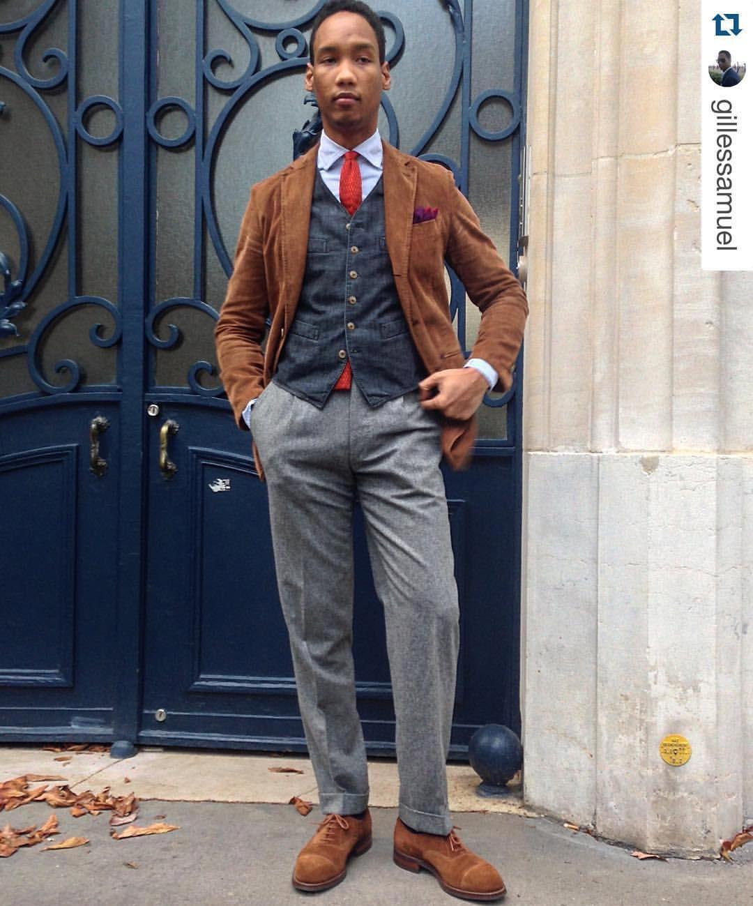 #Repost Gilles Samuel wearing ACE slack jacket in #corduroy Layers mix and match #menswear #mensfashion #menstyle #style #jkeydge #slackjaket #slackmania #mazzarelli #sozzi #scavini #denim #flannel #corduroy #citizenkeydge