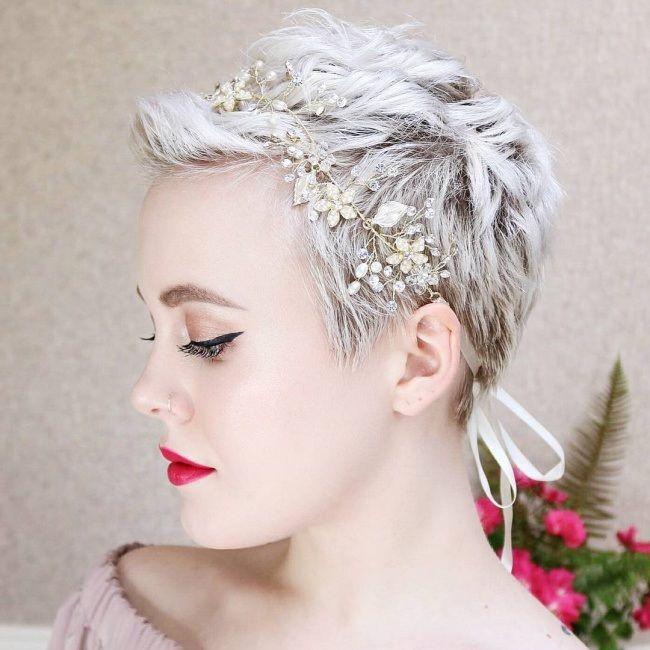 coupes courtes tendance 2018 Cheveux courts accessoires