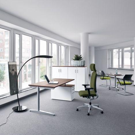 Works NN Kinnarps Schreibtisch Büromöbel | Das Büro lebt ...