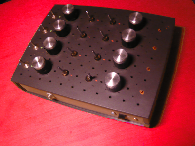 Gated NAND Drone Synth Diy gate, Router box, Gate
