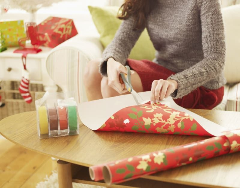 12 Helpful Tips For People Who Struggle With Gift Wrapping