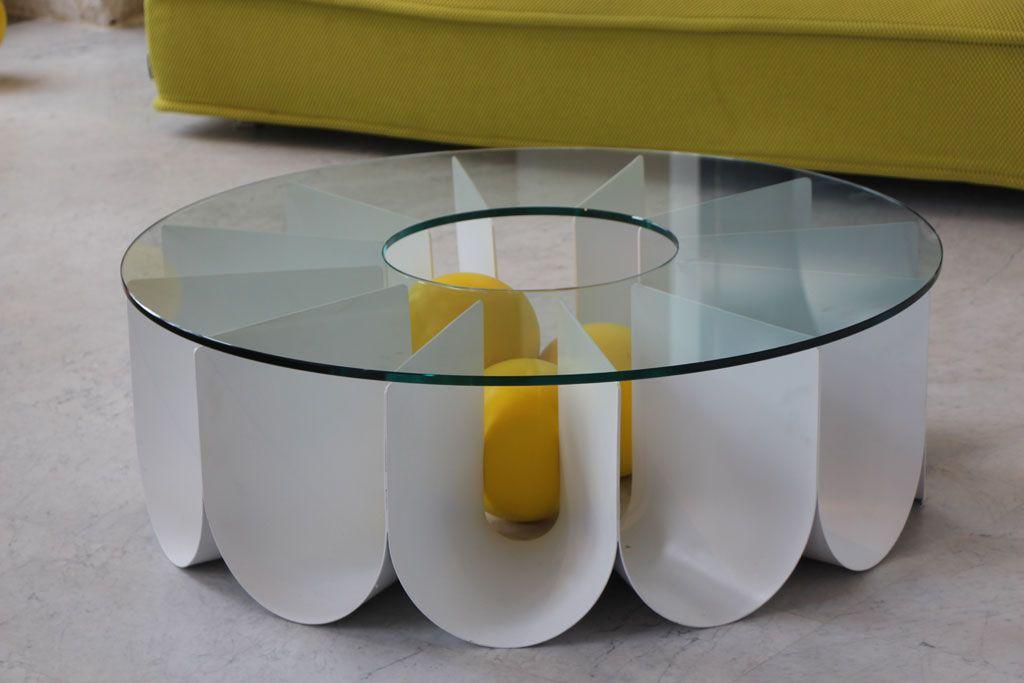 Table Basse Chez Roche Bobois Mise En Scene Elizabeth Leriche Pour Designers Days Design Exercice Sur Le Mouvem Multipurpose Furniture Coffee Table Tea Trolley
