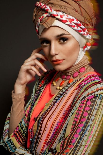 cute but not for wearing on a plane :) Muslim fashion is great.